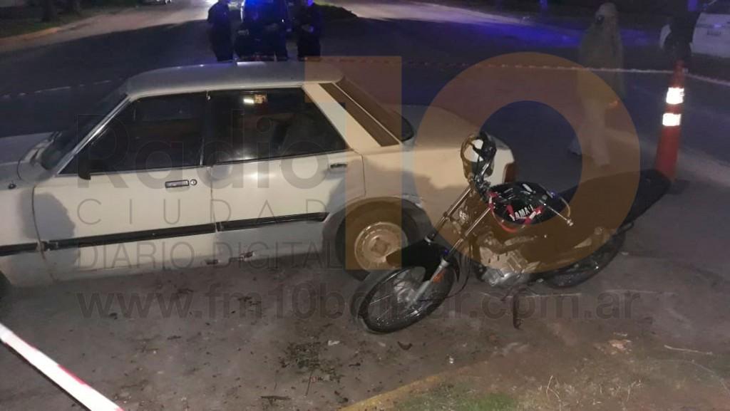 Avenida 25 de Mayo y calle Pellegrini: Un motociclista debió ser hospitalizado de manera preventiva