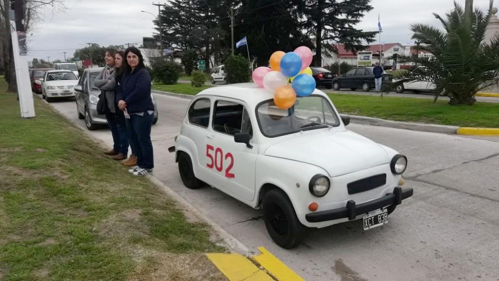 Durante la expo rural estará expuesto el FIAT 600 que entrega la Rifa de la escuela 502