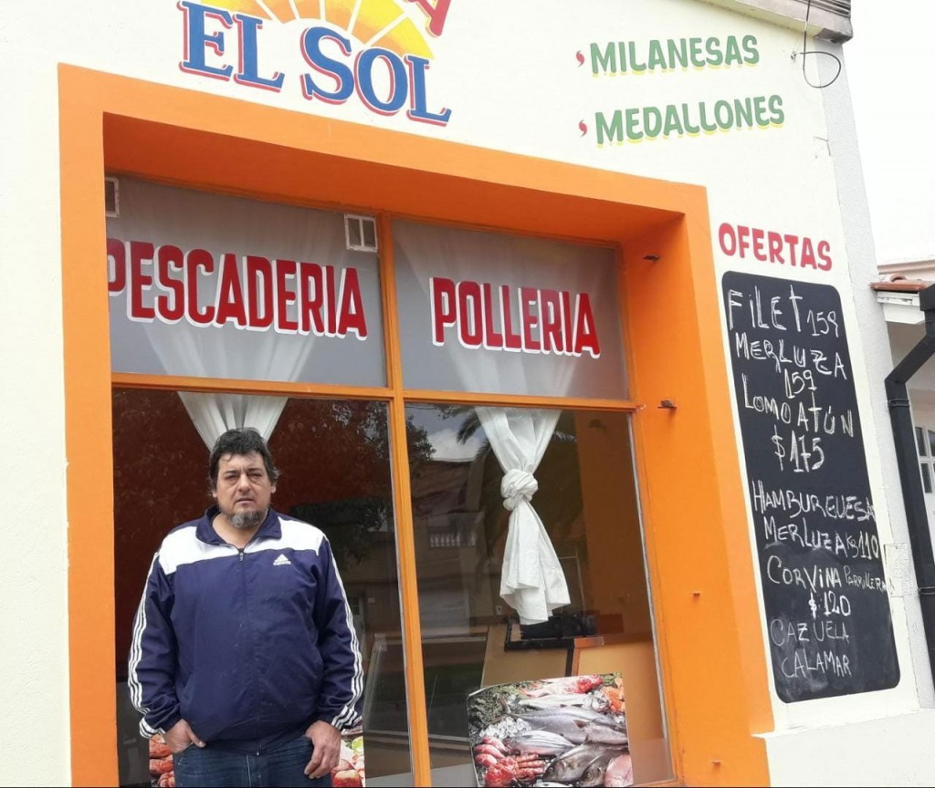 Granja El Sol, pescadería y pollería atiende Belgrano 241