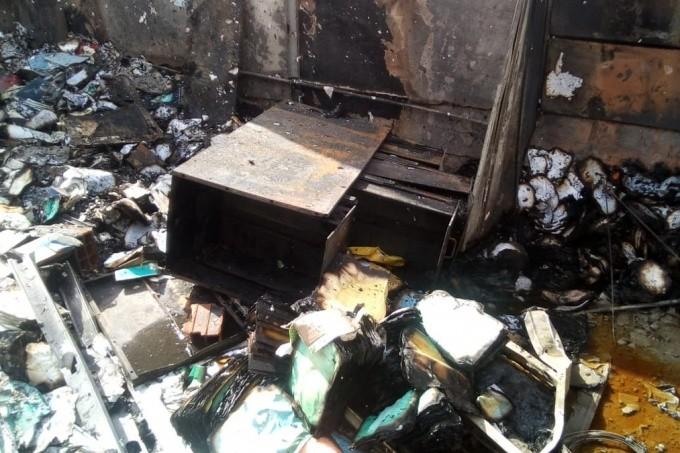 Otra vez en Moreno: una escuela incendiada en medio de sospechas por un acto vandálico