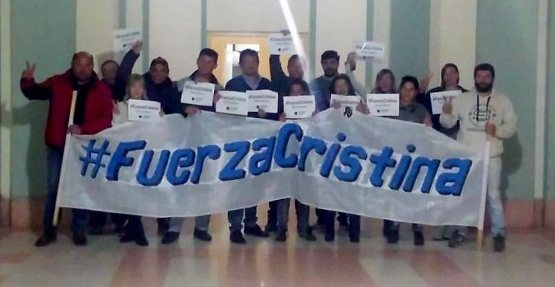 Ariel Ferreyra se hizo presente en el HCD bolivarense cuando ingresó el proyecto de pedido de desafuero de Cristina