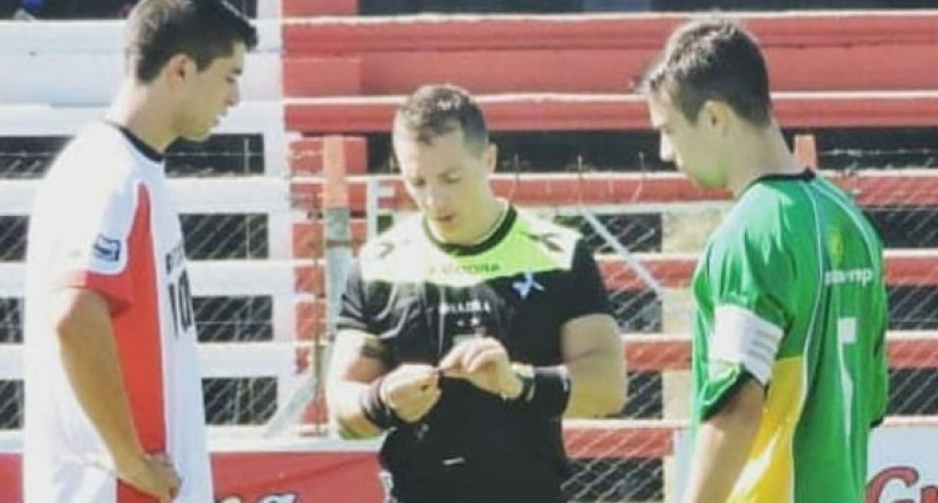 Gonzalo Martínez: 'El papel del arbitro es difícil porque parece que siempre que un equipo pierde es su culpa'