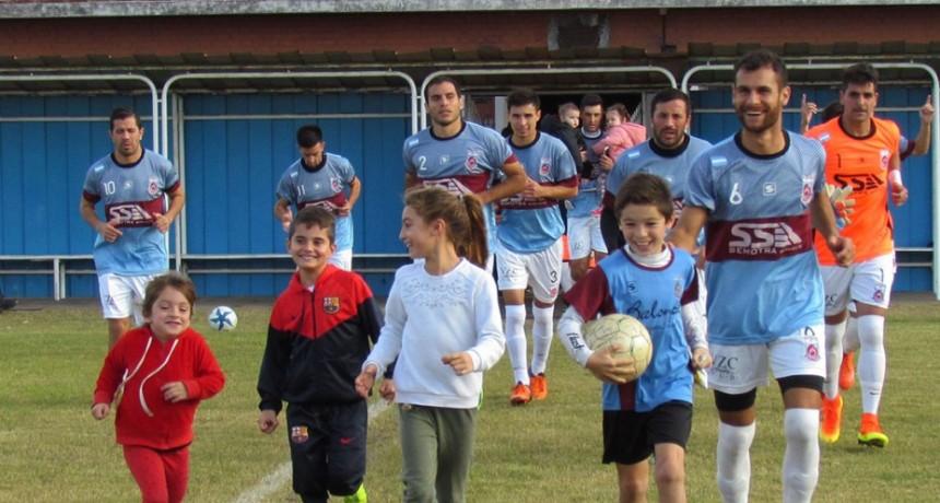 Atlético Mones Cazón sorprendió a Balonpie