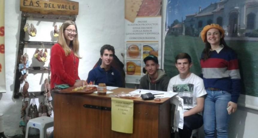La Escuela Salesiana de Del Valle siempre presente en la Sociedad Rural