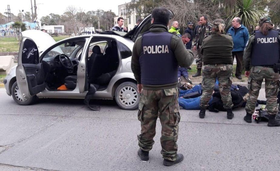 Azul: Detuvieron a cuatro asaltantes que estarían vinculados con hechos en varias ciudades