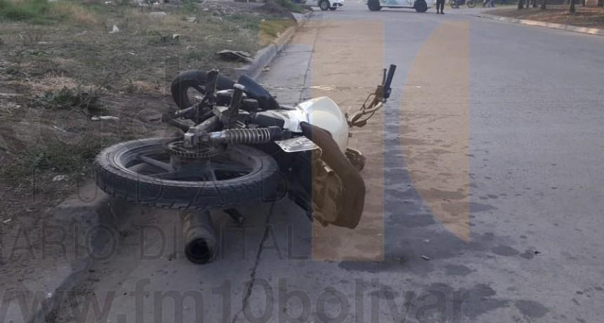 Un joven motociclista resultó con heridas graves