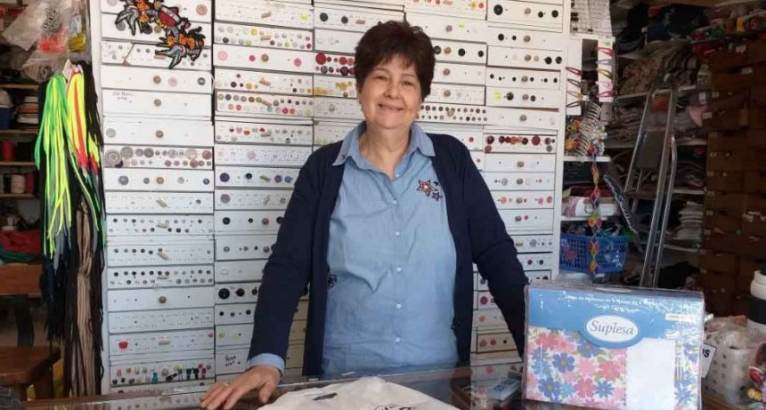 Mercería Dorrego celebró 15 años de vida comercial premiando a sus clientes