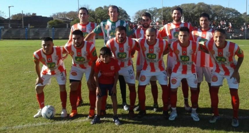 Independiente y Empleados quedaron en Zona de Petít