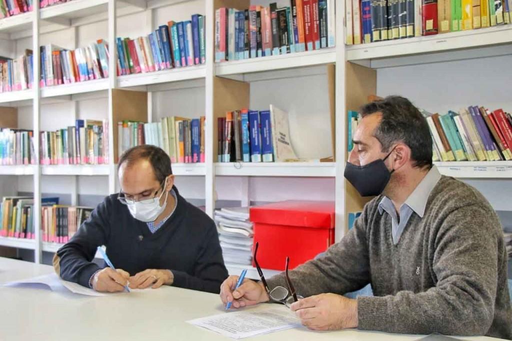 Pisano firmó un convenio de prestación con el representante de PAMI Nelson Sombra