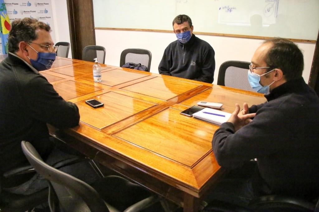 Pisano se reunió con referentes del Club de Pesca Las Acollaradas