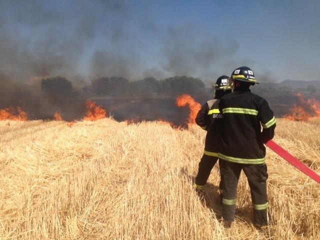No llueve y los incendios forestales mantienen alerta a Bomberos Voluntarios