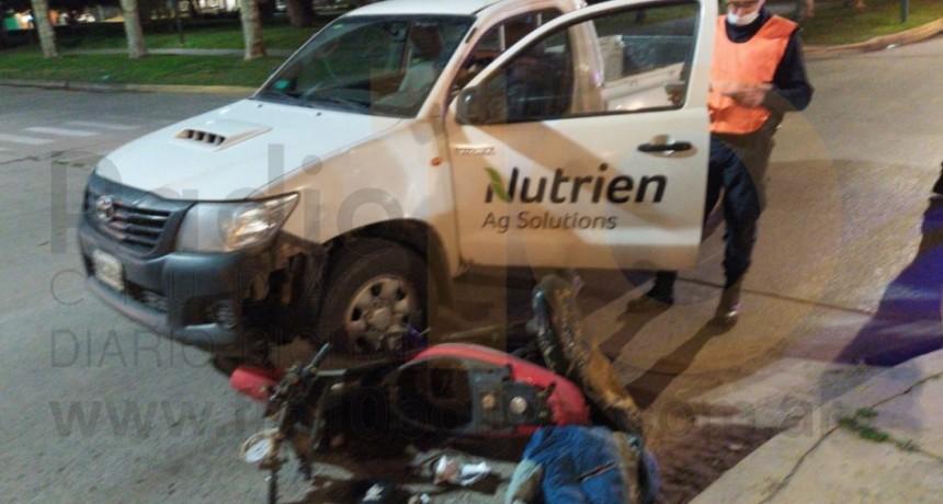 Un motociclista hospitalizado tras un impacto en el centro de la ciudad