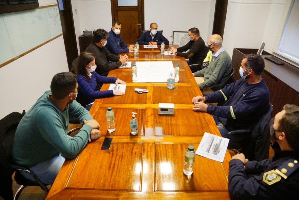 Después de la reunión del intendente Pisano con el Comité de Alerta, se trabaja en la emergencia