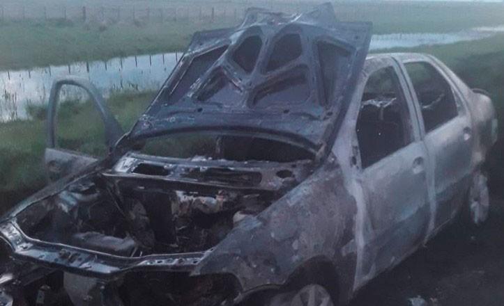 Pérdidas totales: se incendió un auto en la ruta 226