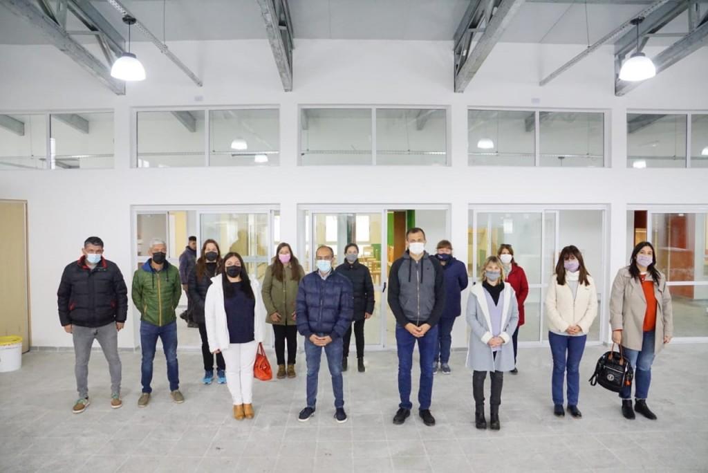 Pisano y Bucca recorrieron las nuevas instalaciones del Jardín nº5, junto a la Comunidad Educativa