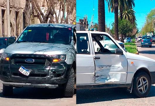 Impacto entre dos vehículos en avenida Alsina y calle Güemes, no hubo personas heridas