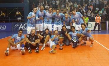 Copa Ciudad /D3: Bolívar campeón