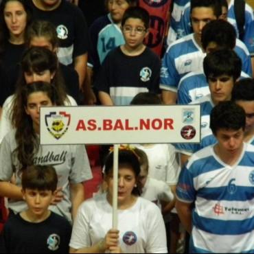 Handball: Bolívar empezó con un partido perdido y otro ganado
