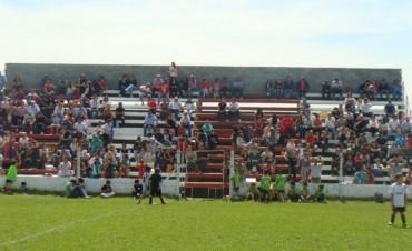 Fútbol Infantil : Primer encuentro regional en Empleados de Comercio