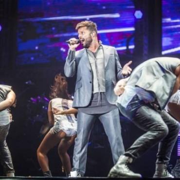 Ricky Martin: Una multidud en el