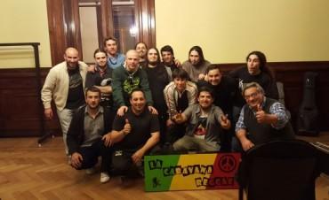 90 personas acompañan a 'La Caravana Reggae' y 'Xinergía' en Buenos Aires