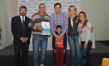 La municipalidad entregó 50 títulos de 'Bien de Familia'
