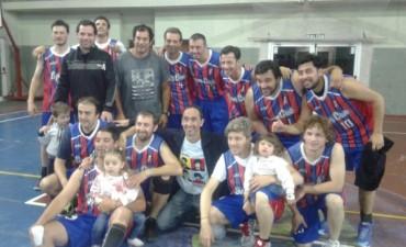 El equipo de la Maxiliga de Sport Club obtuvo una espectacular victoria en el último segundo de juego