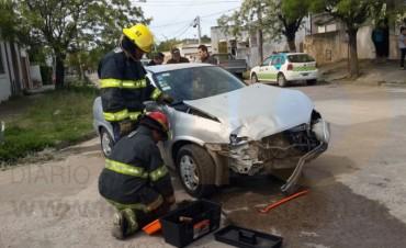 Fuerte impacto en Alberti y Sáenz Peña; un hombre hospitalizado
