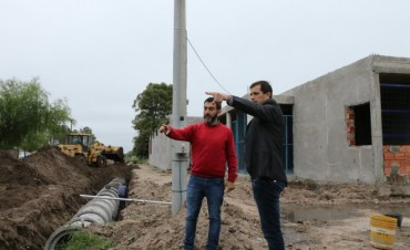 El intendente Bucca presentó la obra de entubamiento en Anteo Gasparri