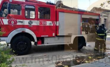 Bomberos Voluntarios: Asistieron a un despiste, y al incendio de un contendor