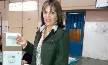 Votó Griselda Iglesias, del espacio Frente 1País