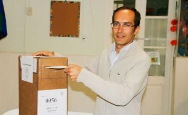 Votó Marcos Pisano, Intendente de Bolívar