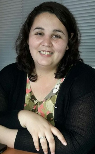 'Baldosas por la Memoria': Se colocarán dos, una en el Colegio Cervantes y otra en la Escuela N°1