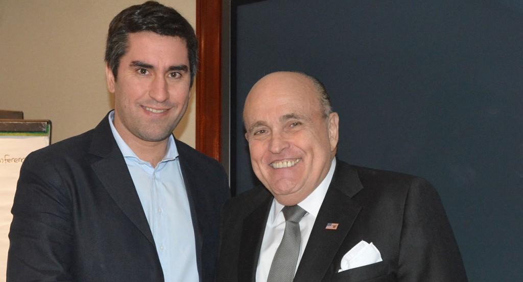 Mosca con Rudolph Giuliani en Nueva York se focaliza en temas de seguridad