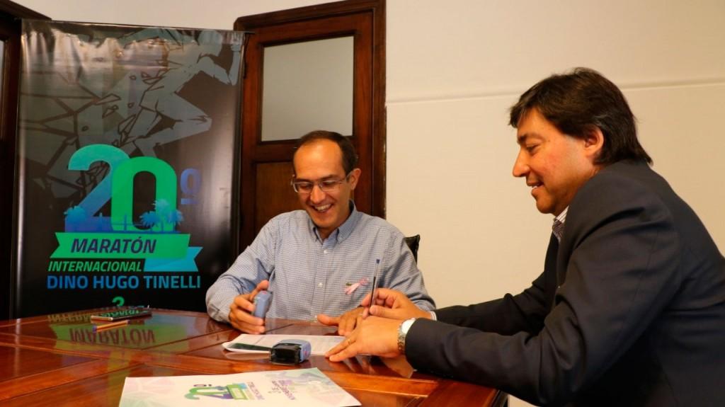 Pisano firmó un convenio con Acerbo para compitan atletas de Daireaux en la 20º maratón Tinelli