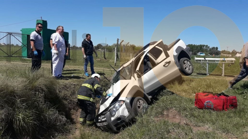 Impactante vuelco sobre ruta 226: Una mujer debió ser hospitalizada