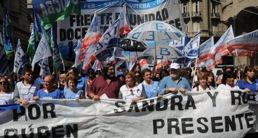Buenos Aires: Docentes profundizarán las medidas junto con estatales, judiciales y médicos en toda la provincia