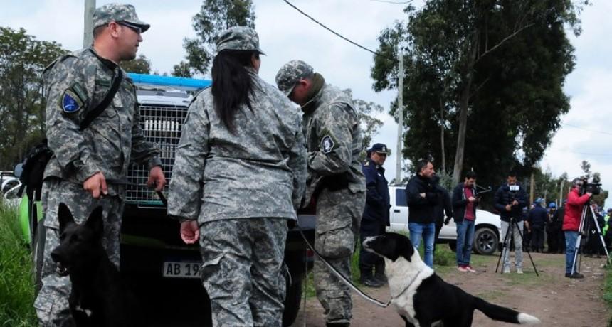 Tandil: Unos mil policías buscaron por tierra, aire y agua, rastros sobre el paradero de Bustamante