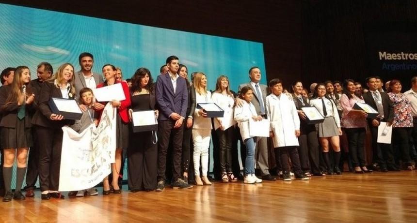 ¡Orgullo!: Escuela de Mapis ganó concurso 'Maestros Argentinos' y recibirá $1 millón