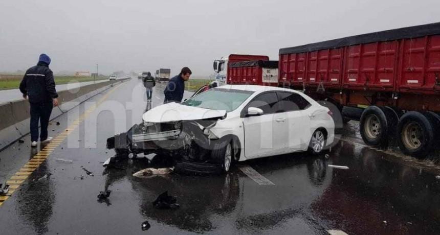 Ruta 226 km 275: Cinco personas heridas tras un fuerte accidente