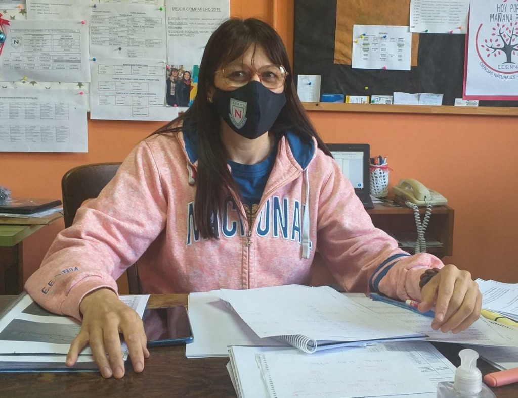 """Ana Capaz: """"Tenemos 622 alumnos en el colegio y ha sido importante el trabajo con las clases no presenciales"""""""