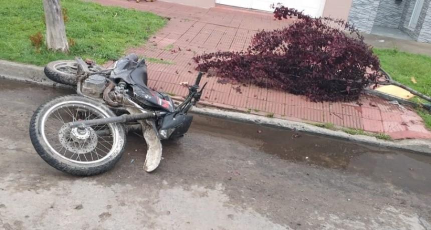 Un joven accidentado en su moto fue hospitalizado
