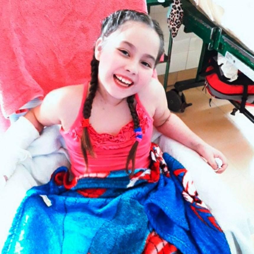 """Raquel Pachamé: """"Mi hija ha pasado por todo, hubo momentos que quería dormir y no despertar más. Hoy está recuperándose muy bien"""""""