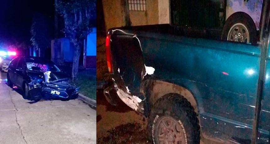 Violento impacto de un vehículo