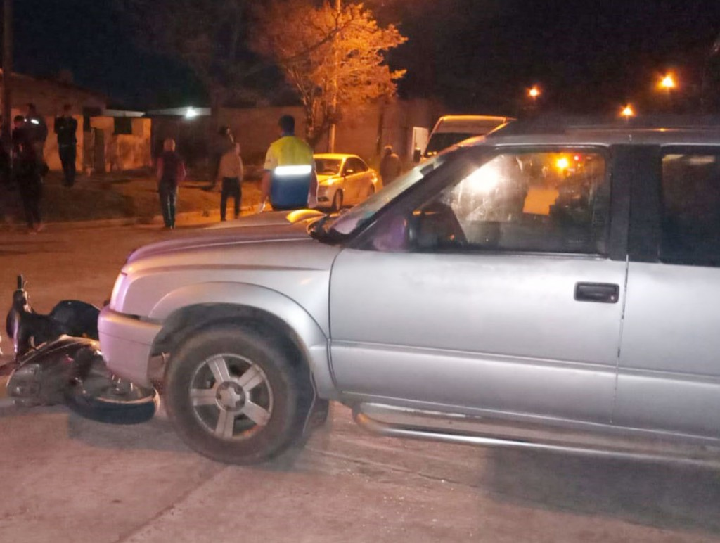 Intervino el Servicio de Urgencias en una colisión en barrio Los Zorzales
