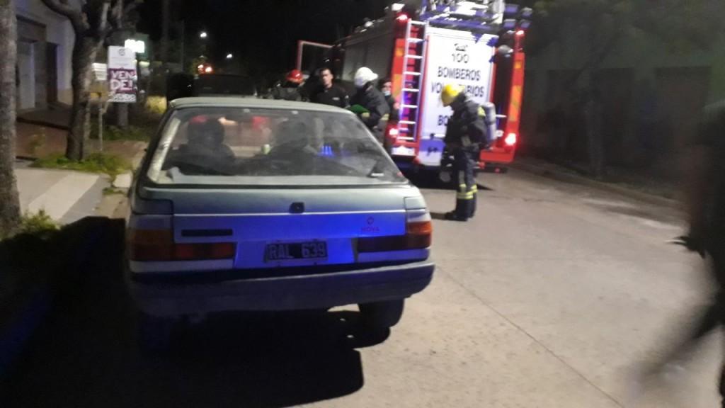 Principio de incendio en un vehículo