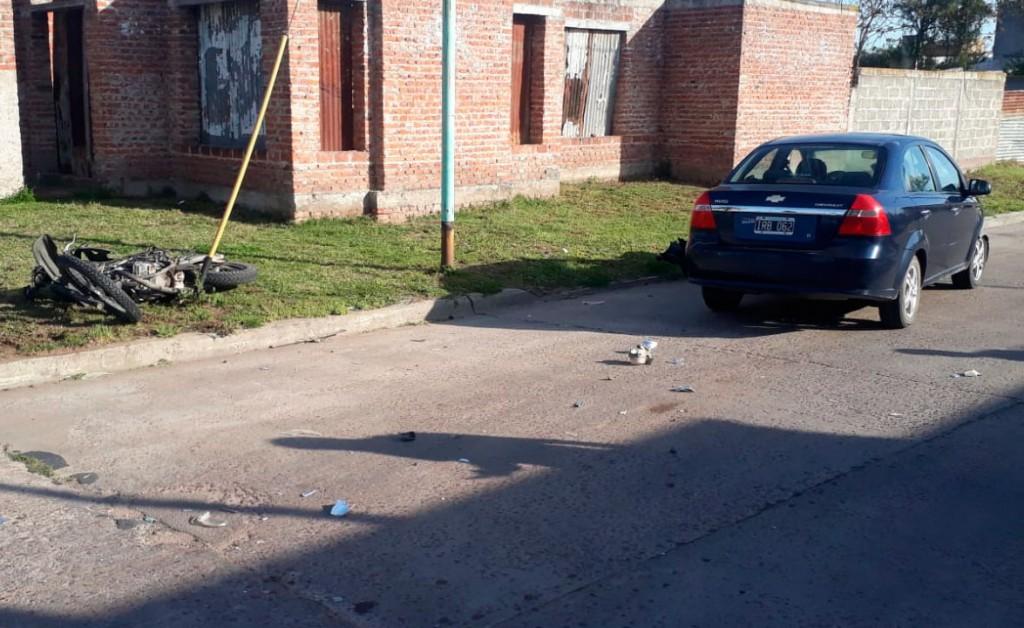Fuerte colisión se registró este jueves en Pedro Vignau y Azcuénaga