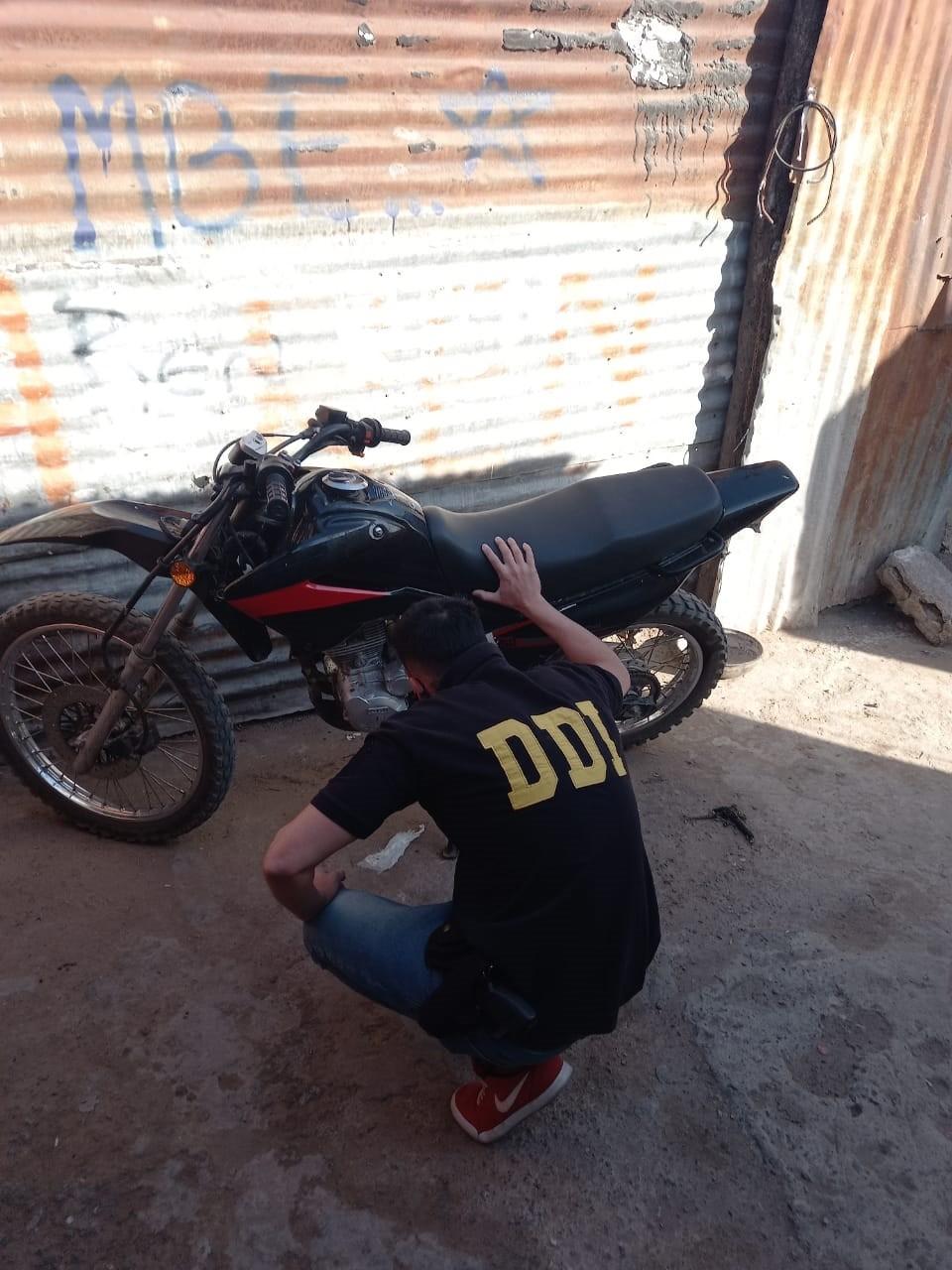 La Sub DDI de Bolívar recuperó una moto que había sido robada en Olavarría