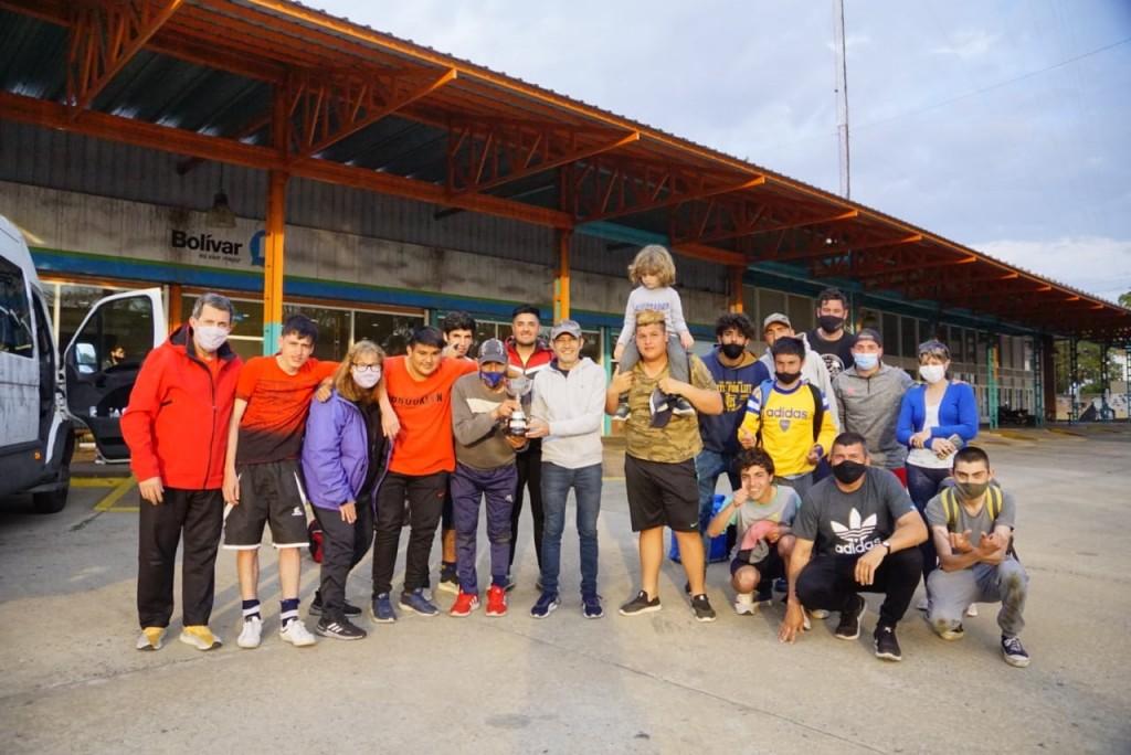 Paradeportes: El equipo de fútbol de Bolívar fue campeón en La Plata