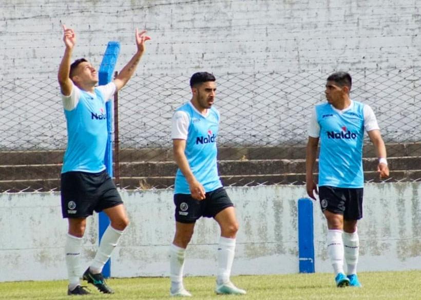 Club Ciudad ganó y mantiene las chances de clasificar